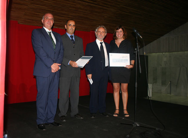 entrega premio logotipo ACIPMAR a Ana Criado Zahonero