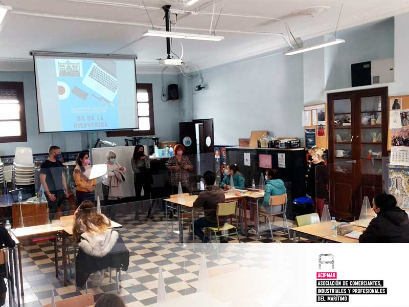 Comienza el proyecto de digitalización empresarial en el Colegio Santiago Apóstol con la colaboración de ACIPMAR